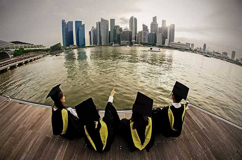 https://careerladder.sg/can-singapore-graduates-still-get-good-jobs/