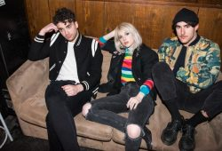 Paramore Live In Singapore ONLINE-1